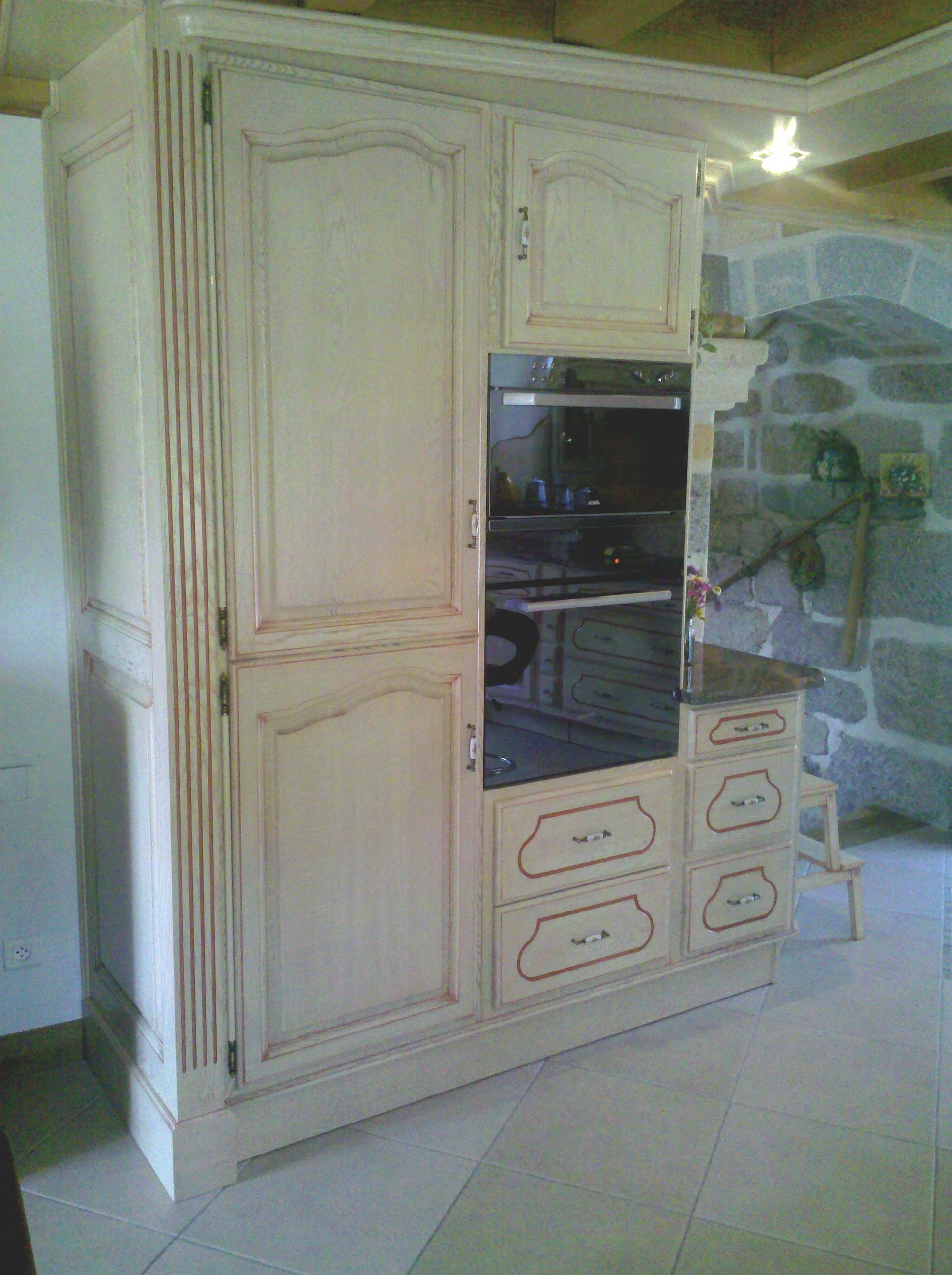 prov 3 meubles decroix. Black Bedroom Furniture Sets. Home Design Ideas